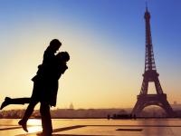 PARIZ - ROMANTIČNI GRAD